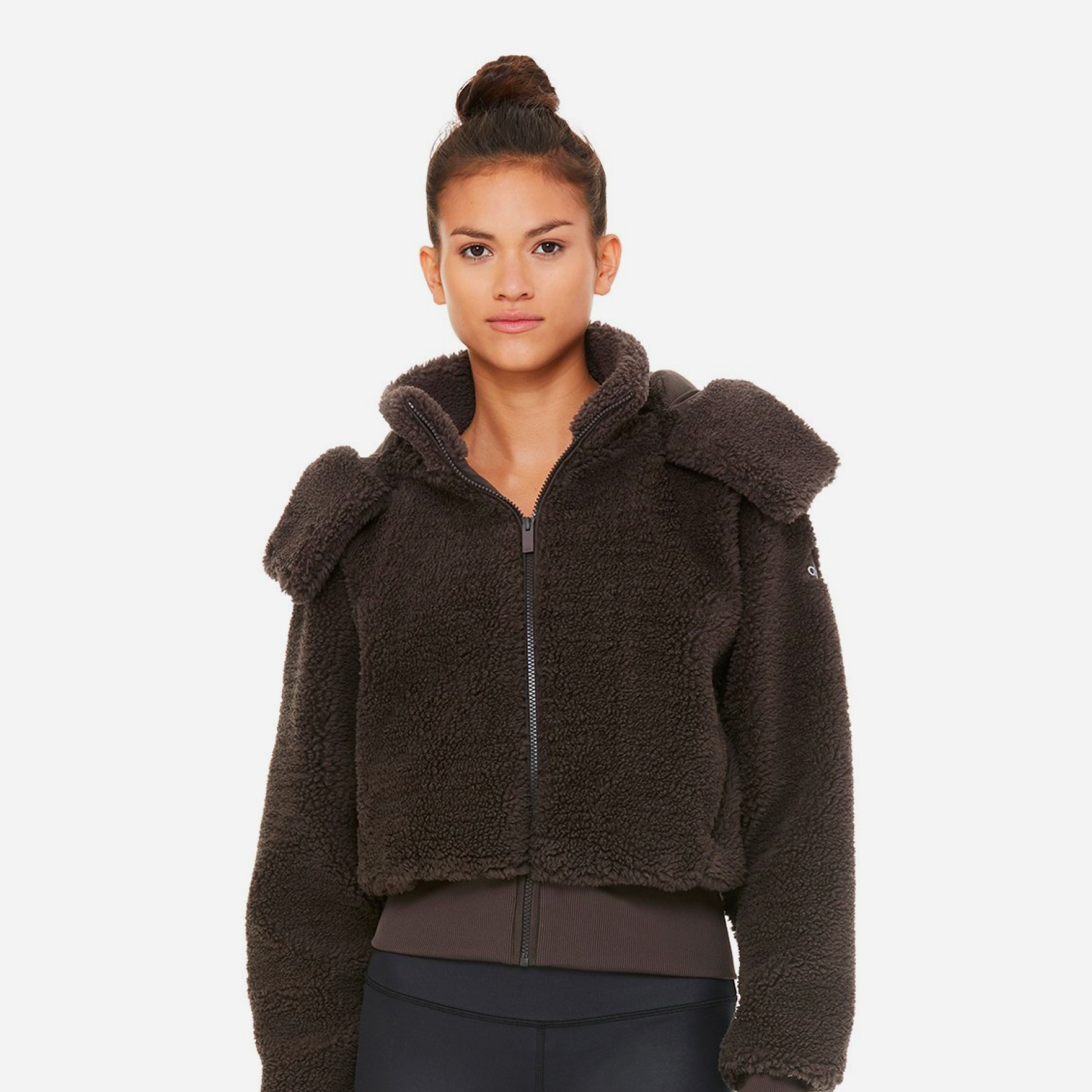 ALL-SORTS-OF-ALO-YOGA-FOXY-SHERPA-JACKET