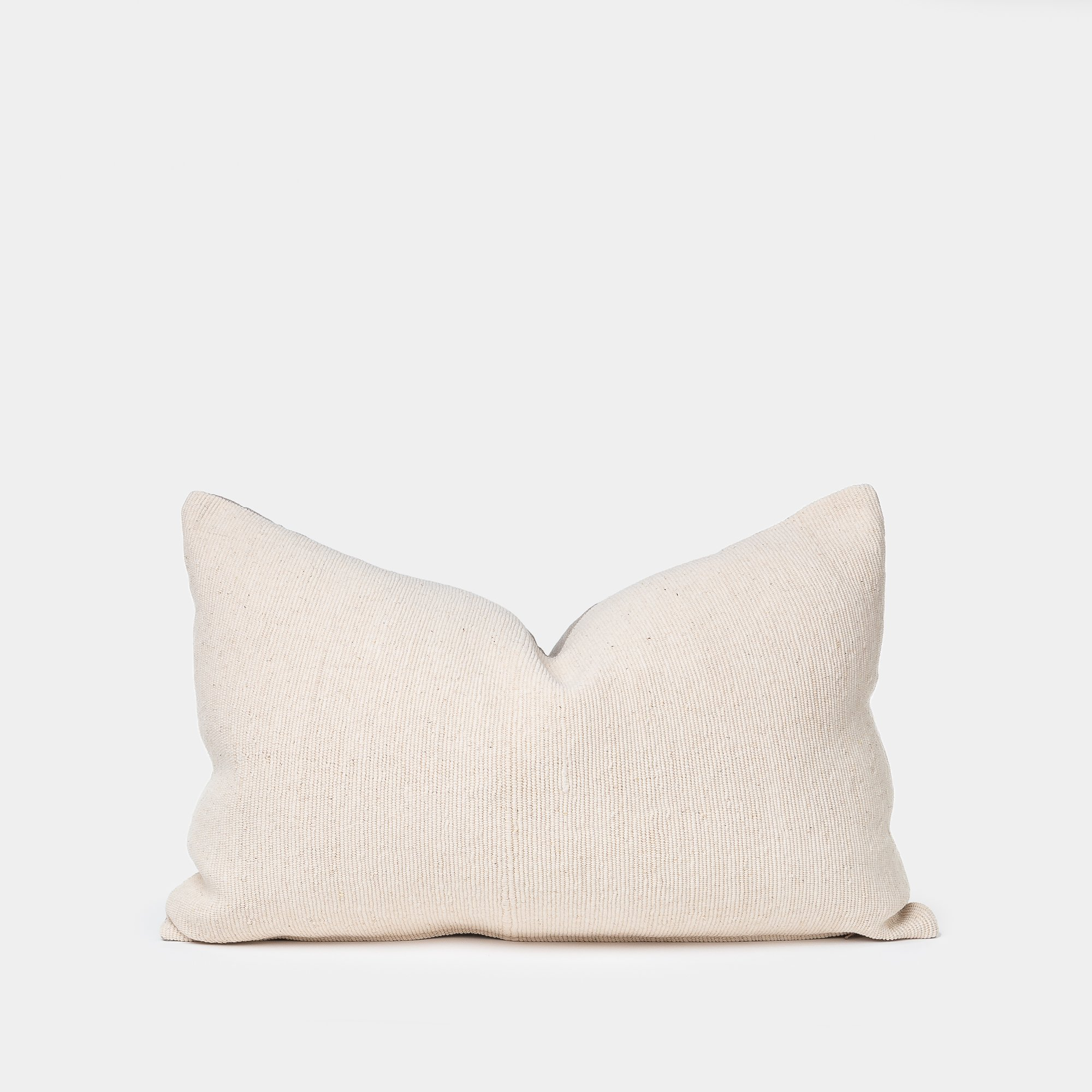 ALL-SORTS-OF-SHOPPE-ALMA-PILLOW