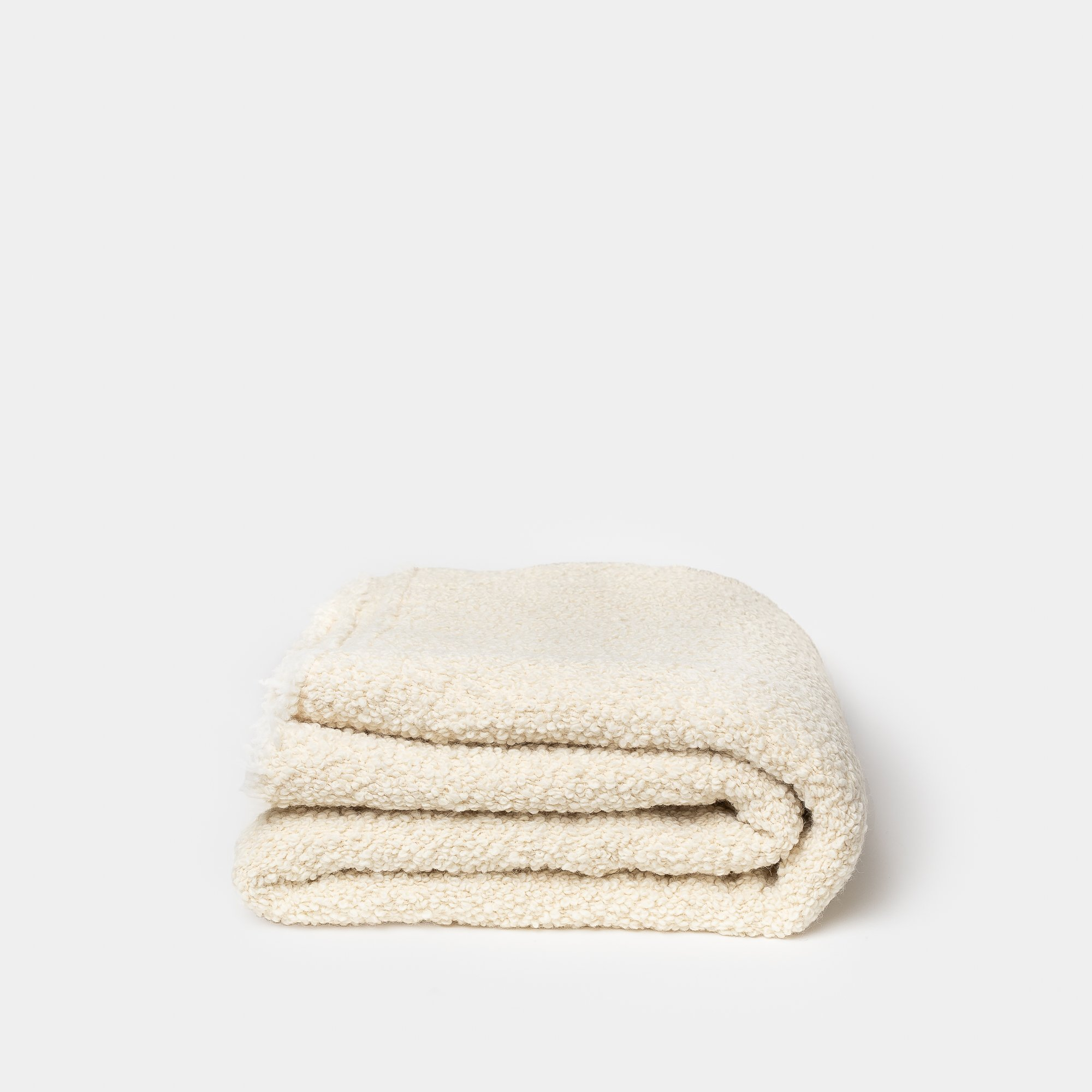 ALL-SORTS-OF-SHOPPE-CREAM-KURLISURI-THROW