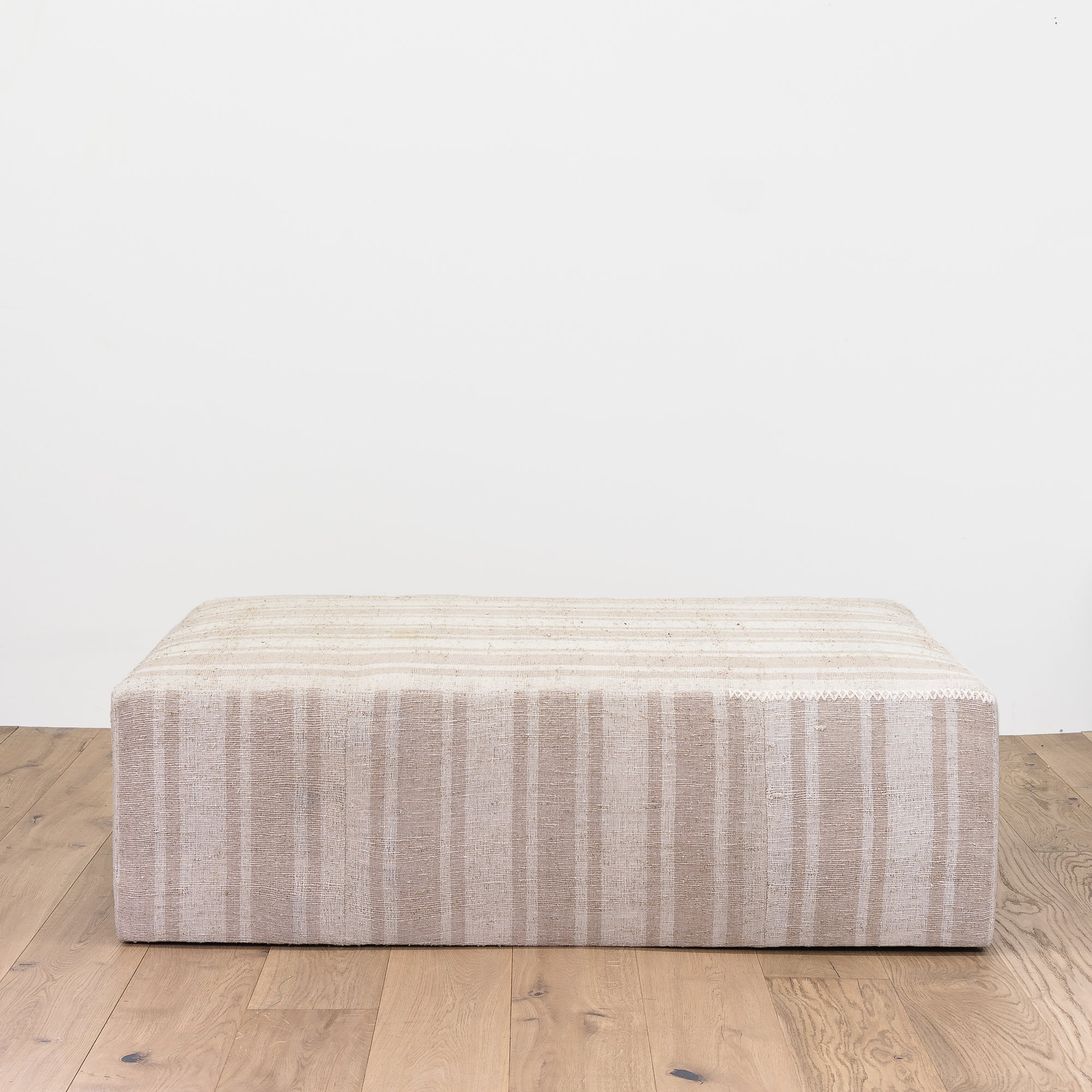 ALL-SORTS-OF-SHOPPE-TOPANGA-OTTOMAN-XL
